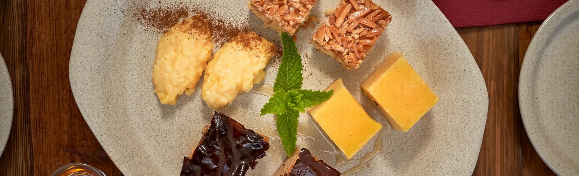 Pijama de sobremesas: tarte de amêndoa, papas de carolo, arroz doce, tijelada