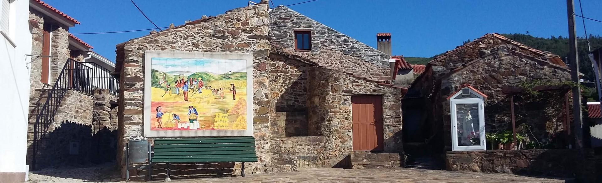 Casa da Ameixeira - Casas dos Carregais