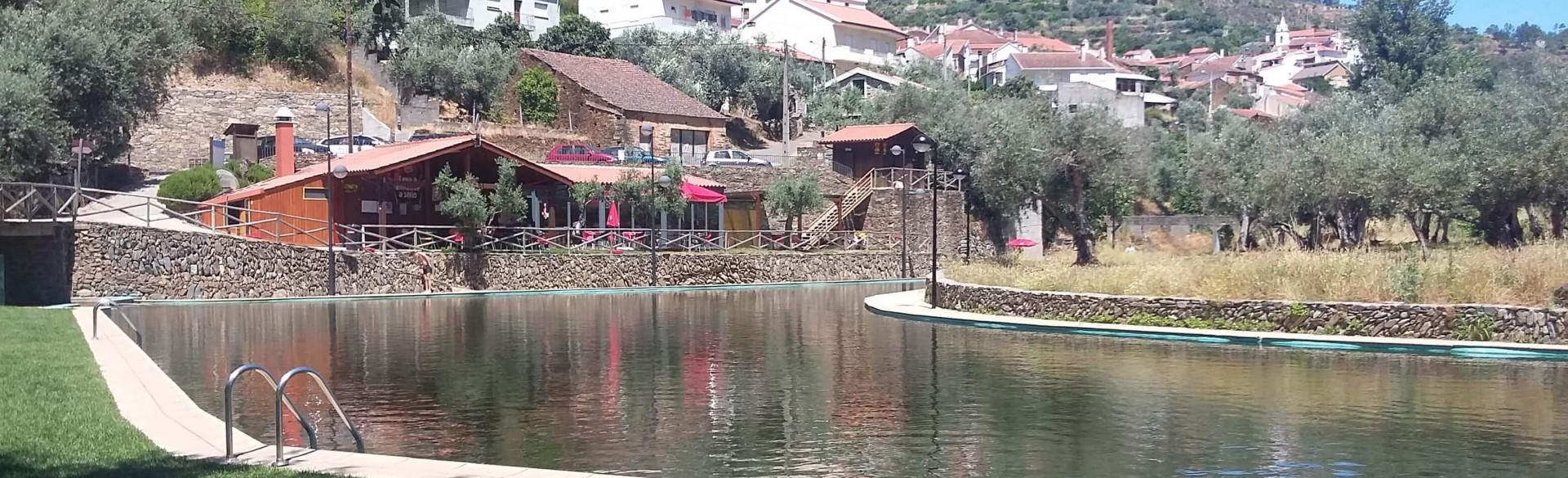 Casa da Oliveira - Casas dos Carregais