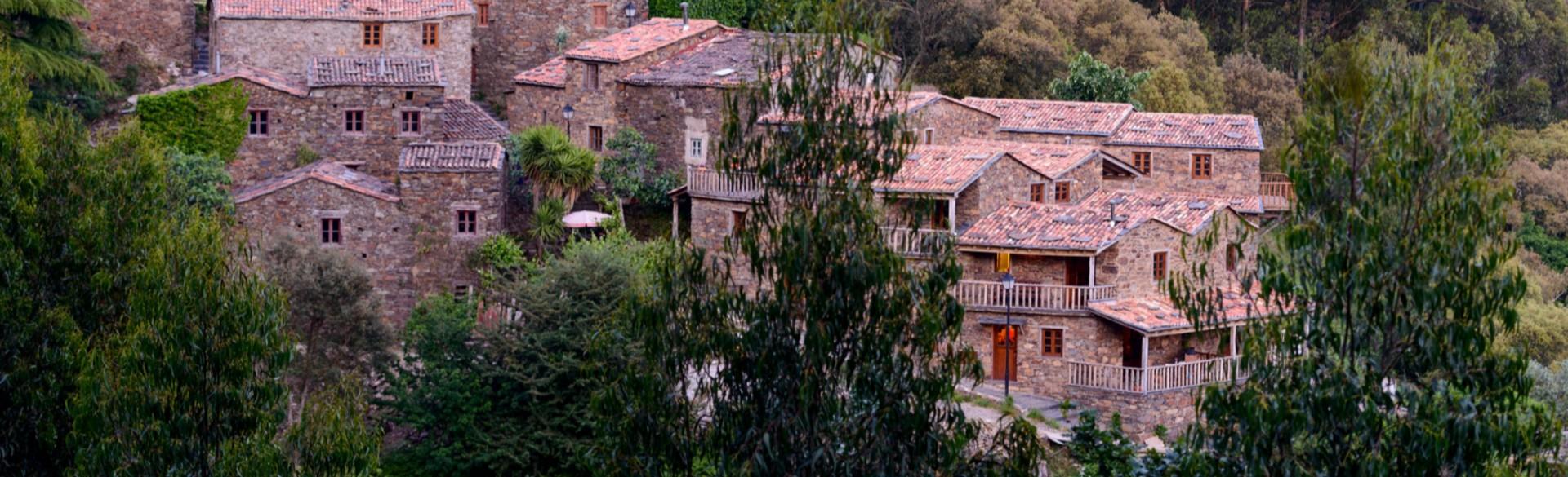 Casa das Estórias - Cerdeira - Home for Creativity