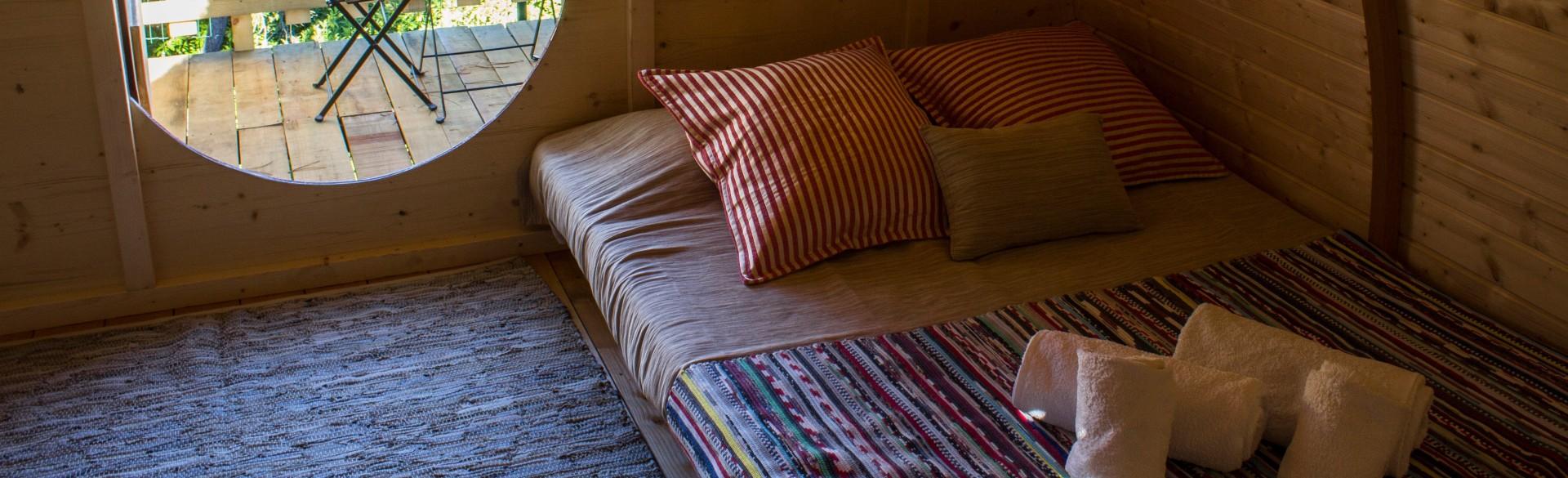 Hobbit House Vermelha - Camping Oleiros