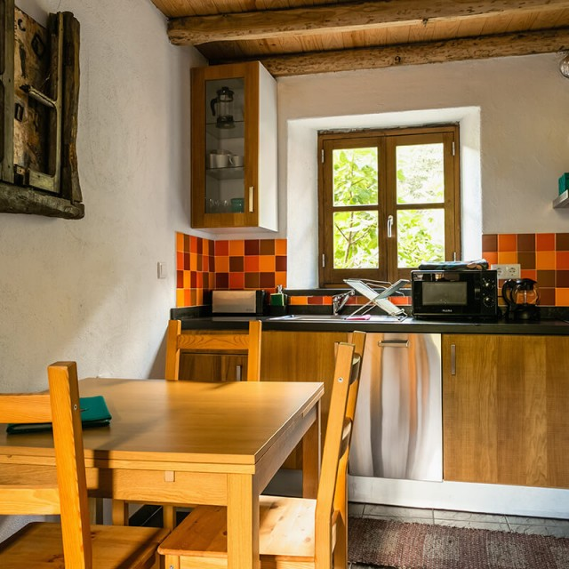 Casa da Janela - Cerdeira - Home for Creativity