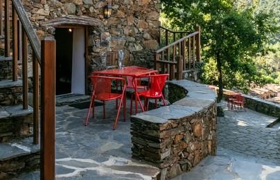 Casa da Escada - Cerdeira - Home for Creativity